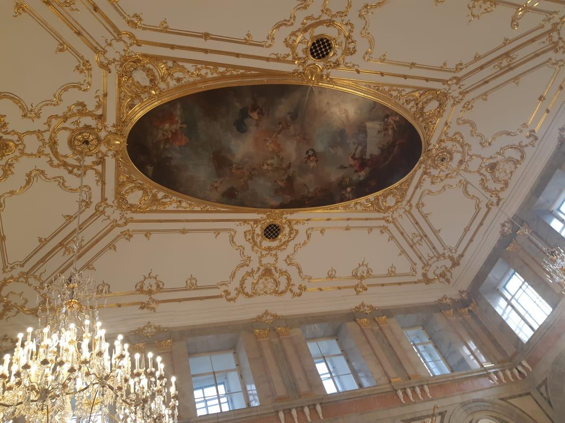 Потолок расписанный