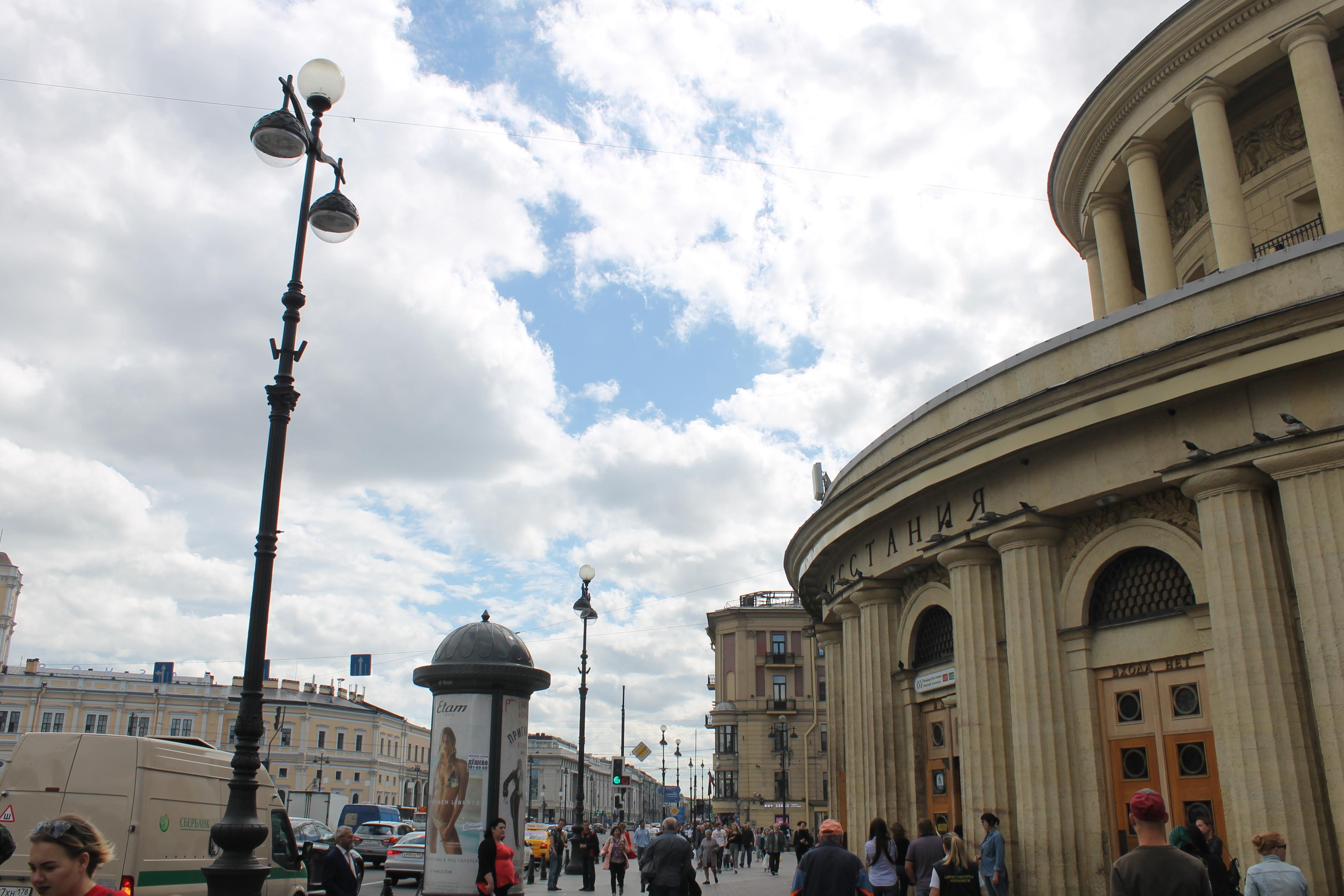 Ротонда вестибюля станции метро площадь восстания