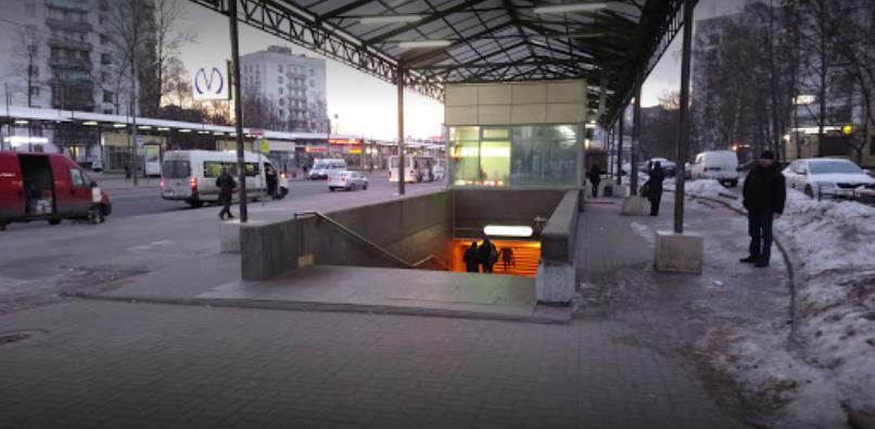 Станция метро «Проспект Ветеранов»