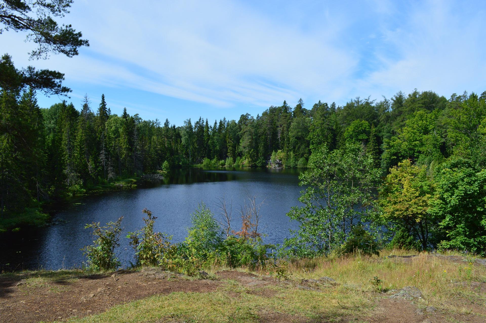 озеро на острове Валаам