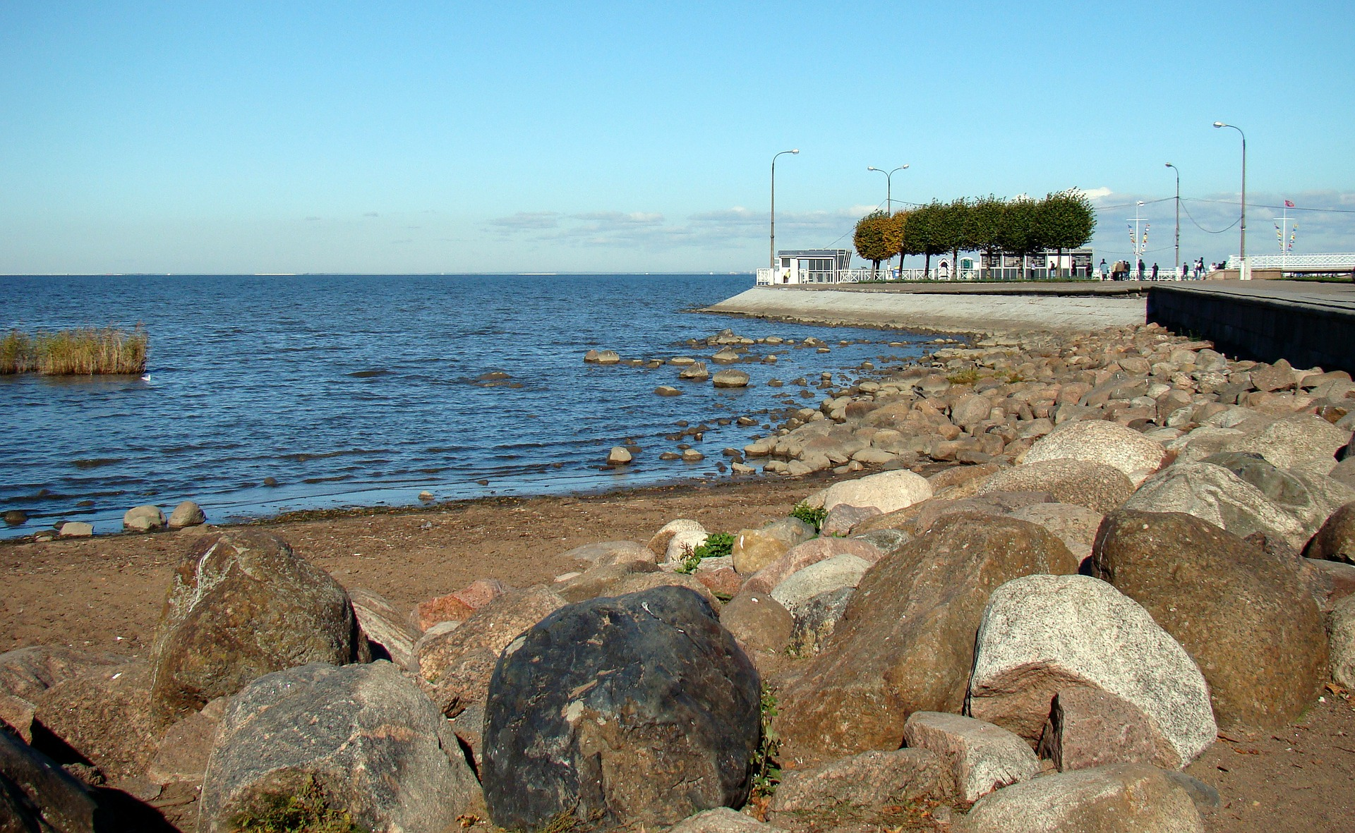 Водные экскурсии в Петергоф - Финский залив