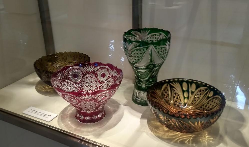 стеклянные чаши в музее