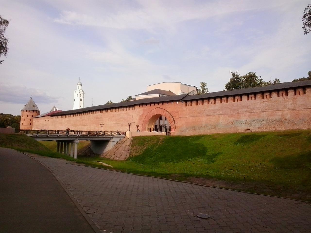 Великий Новгород из Санкт-Петербурга на поезде