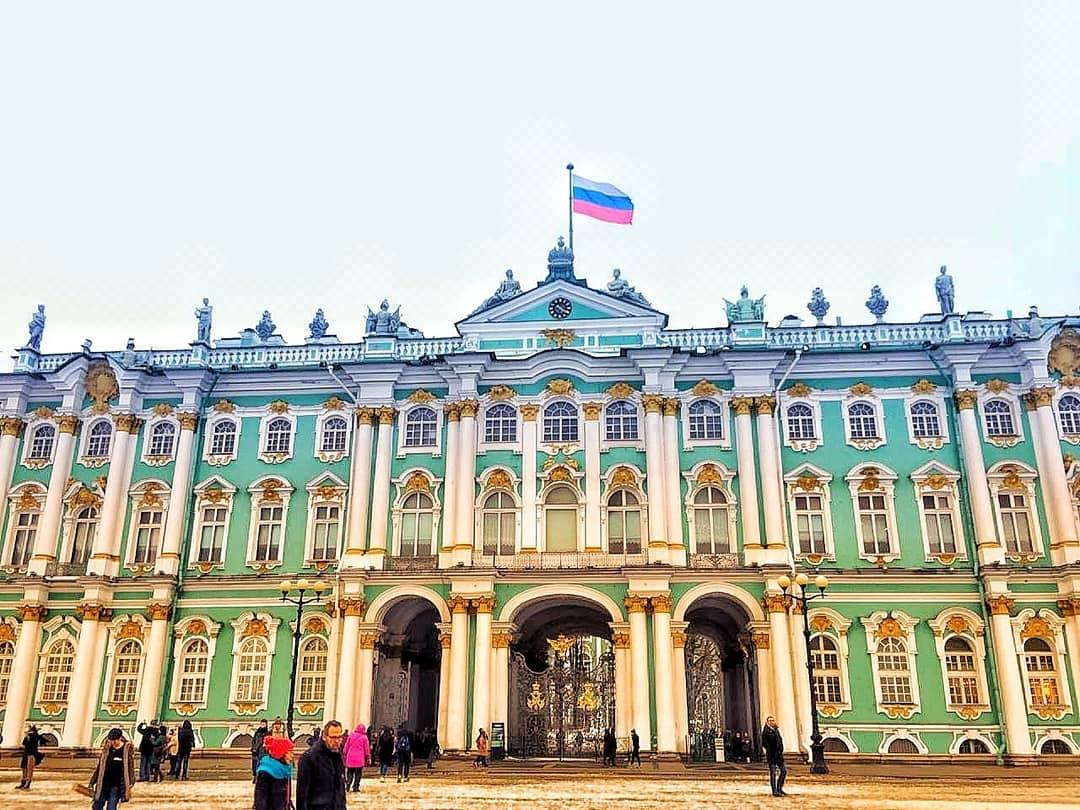 Зимний дворец на Дворцовой площади