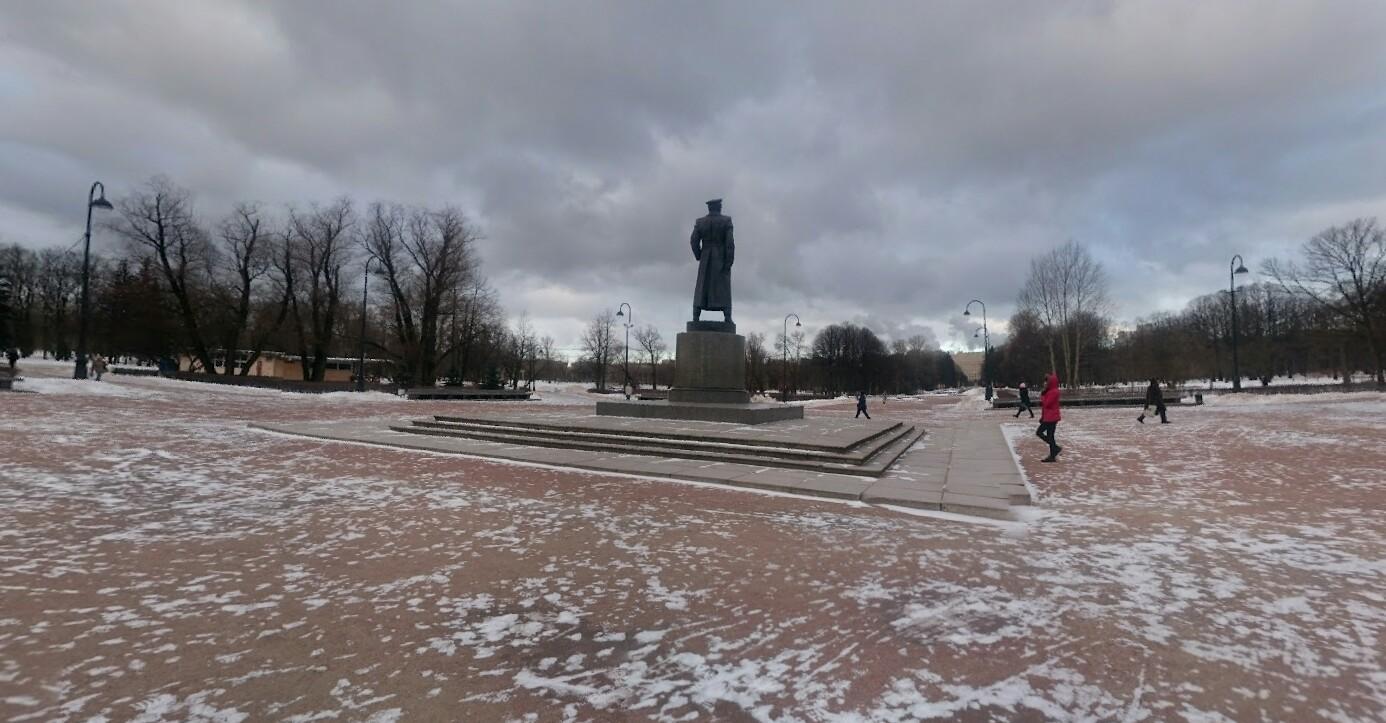 Памятник Г. К. Жукову на Аллее героев