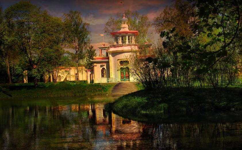 Скрипучая беседка - экзотический павильон в Царском Селе