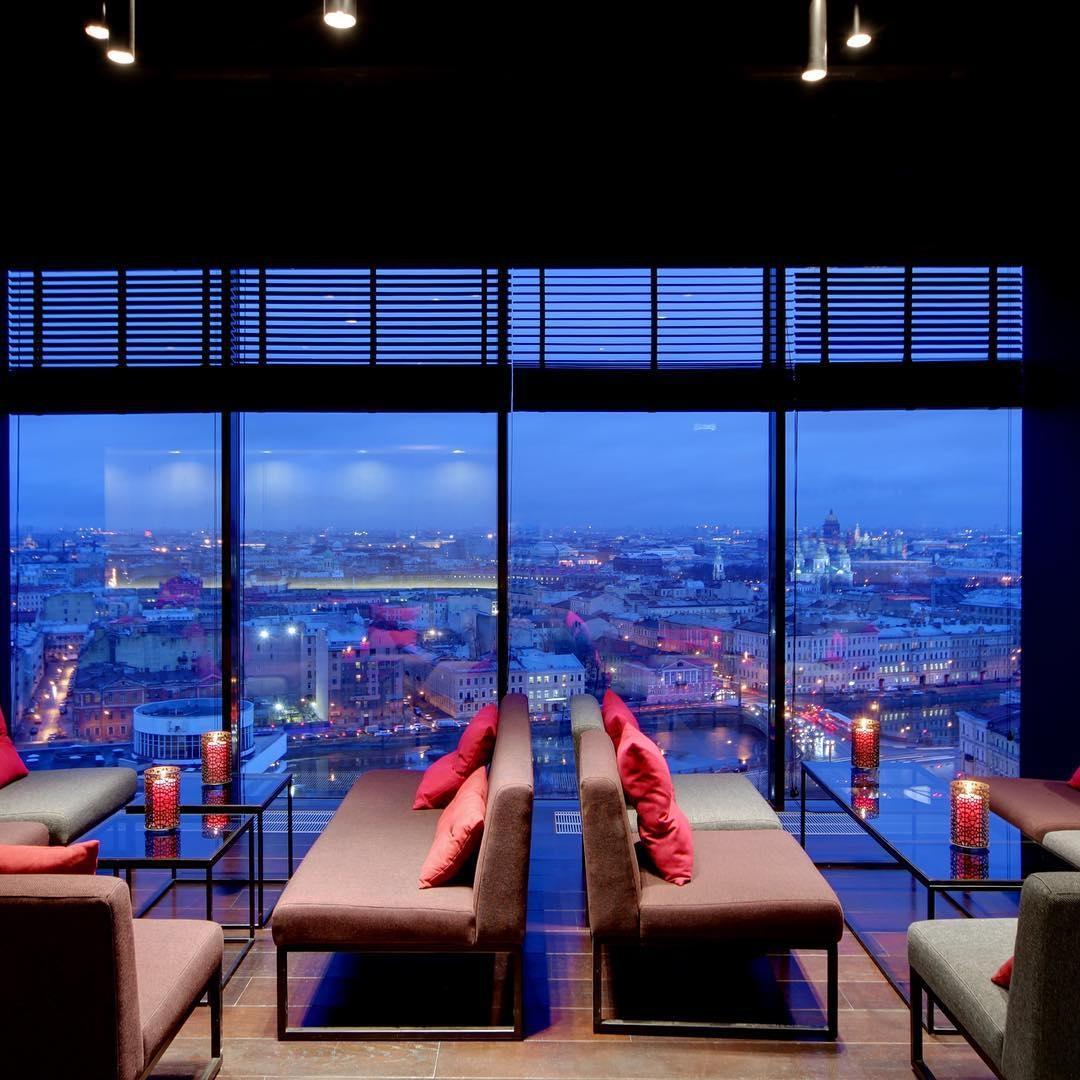 Sky bar в гостинице Азимут