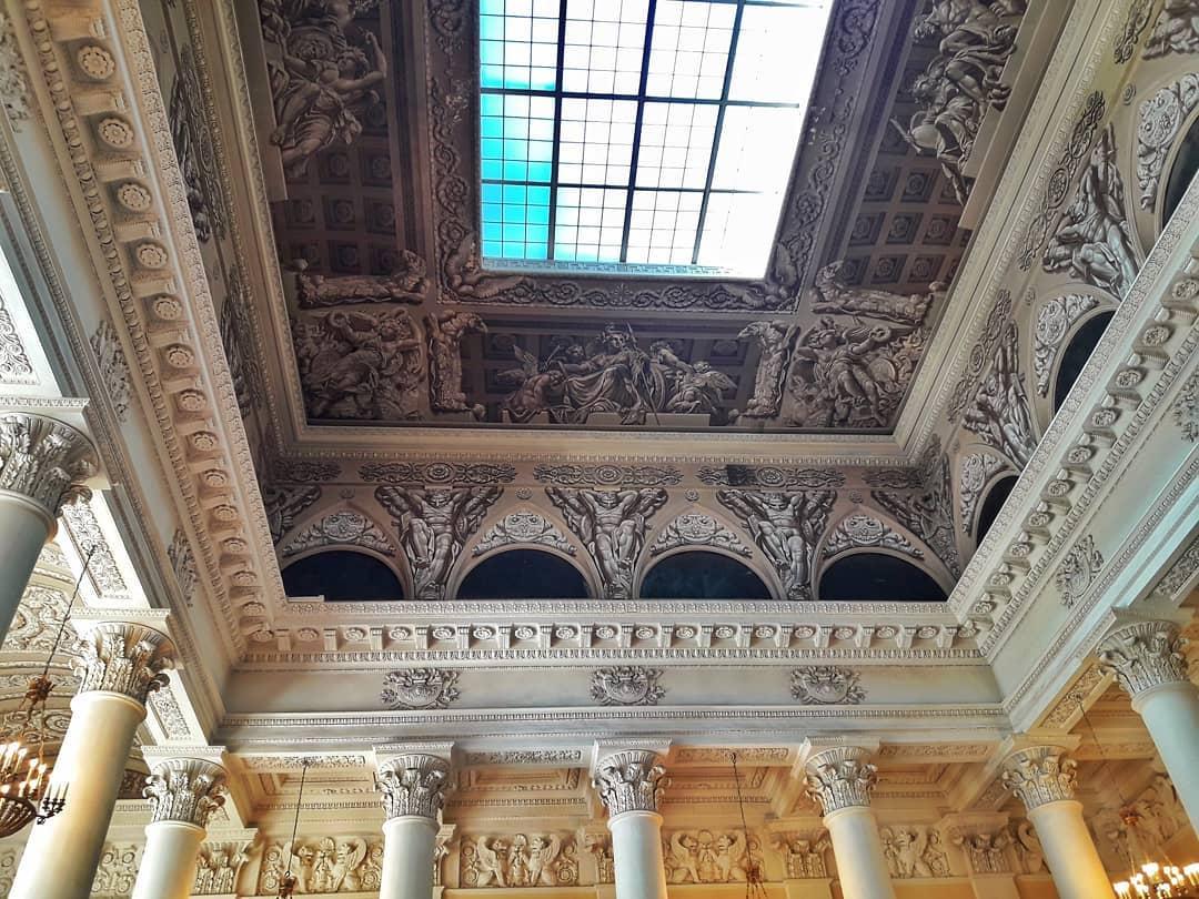 Русский музей внутри