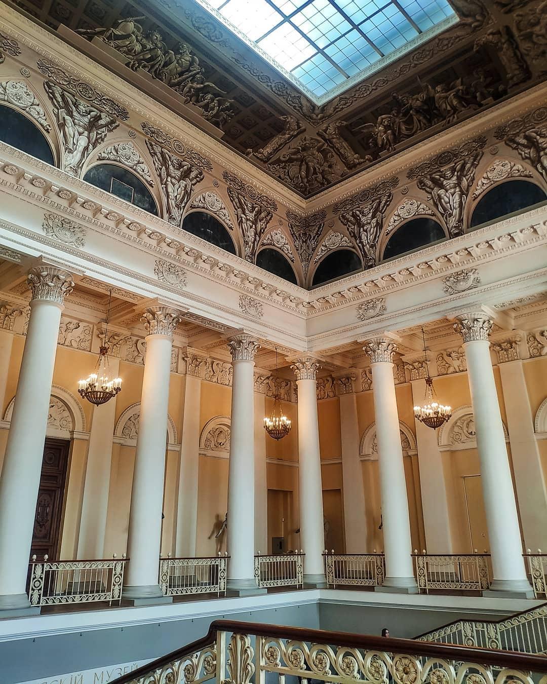 Внутреннее убранство Русского музея