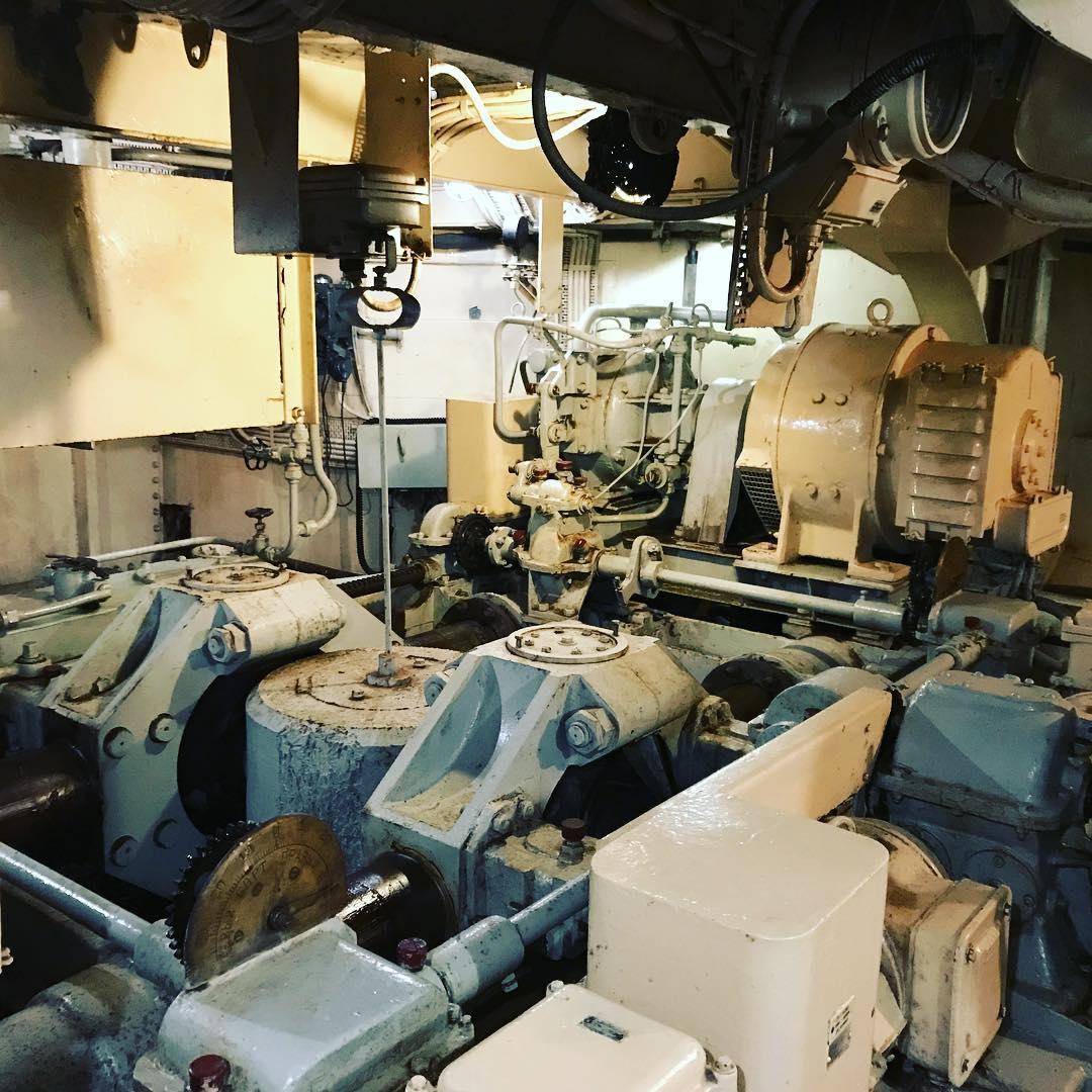 Машинное отделение на ледоколе Красин