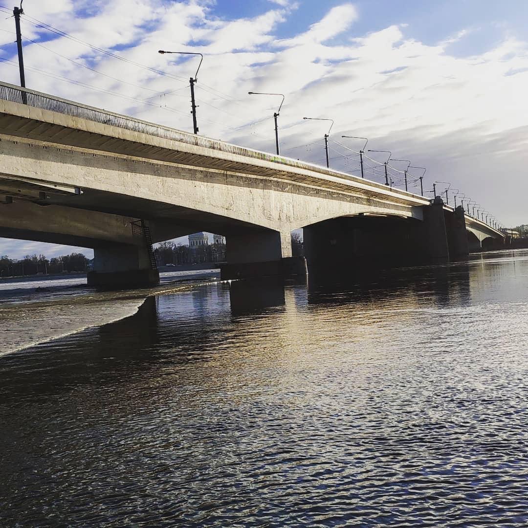 Мост Александра Невского фото