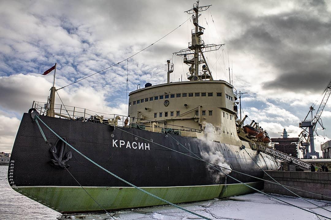 Ледокол Леонид Красин