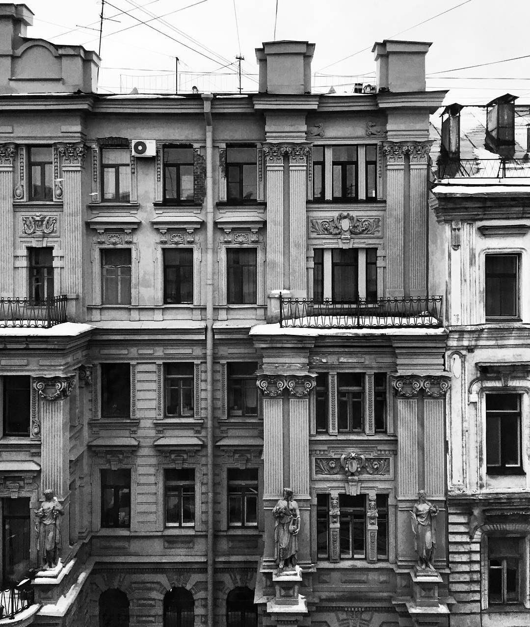 Вид из окна бутик-отеля 1852