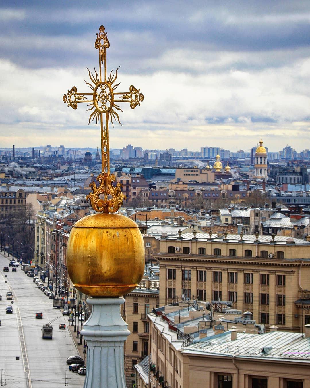 Крест Смольного собора