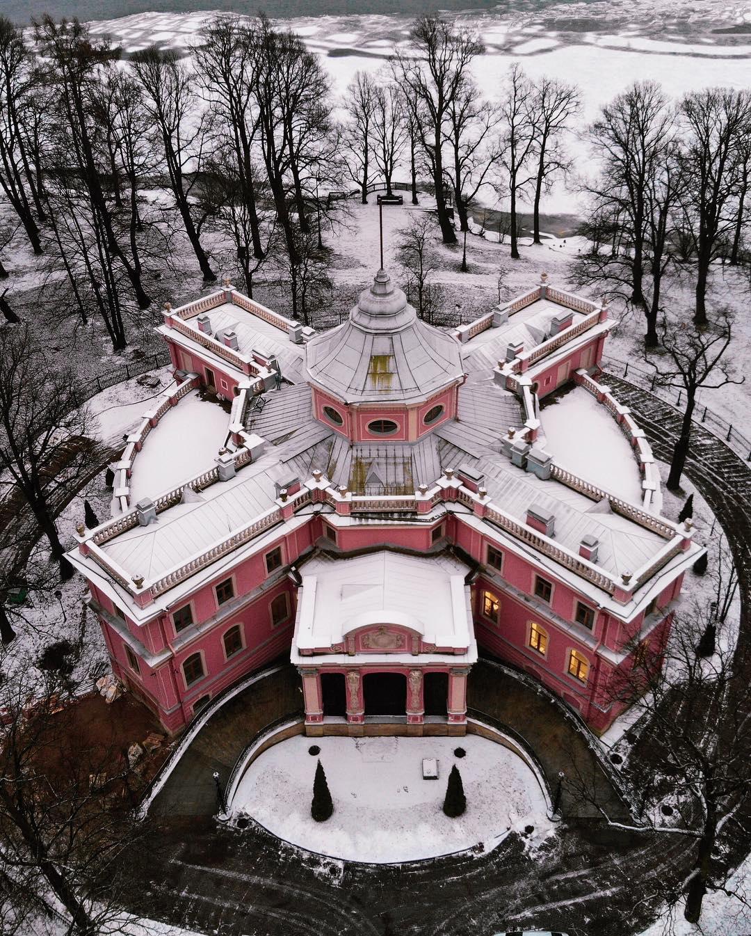 Дача Белосельских-Белозерских