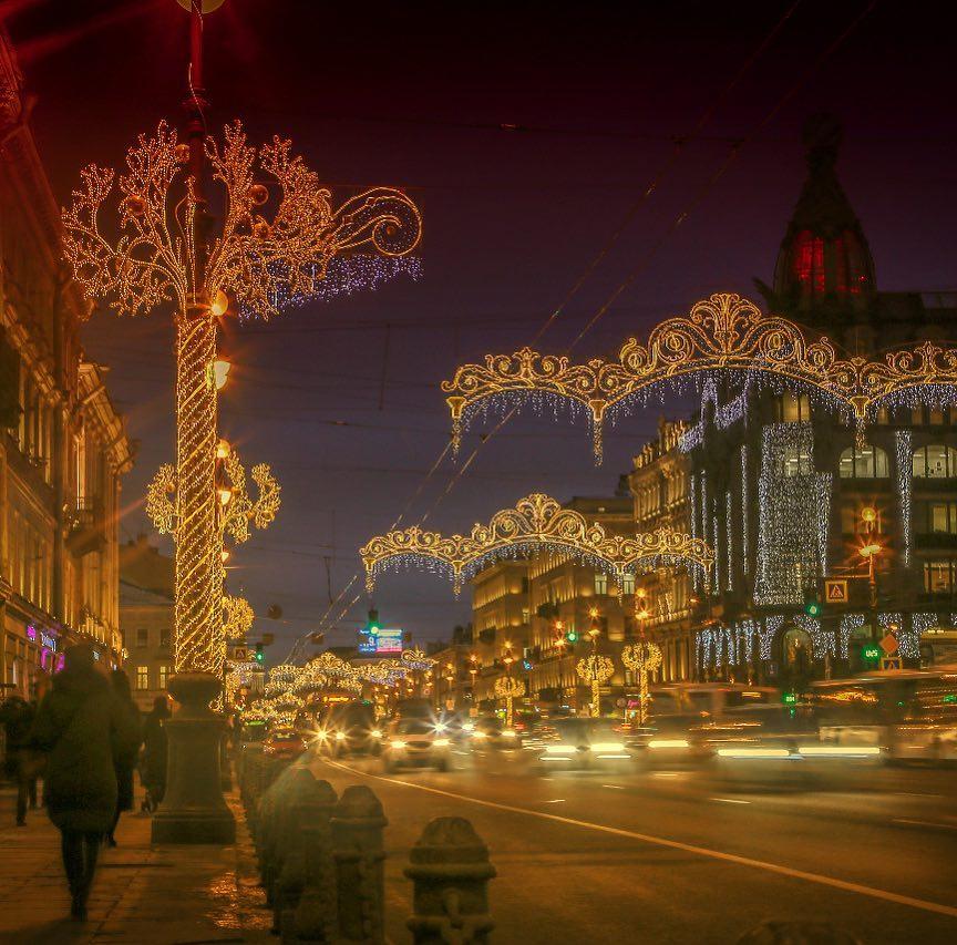 Невский проспект на Новый год