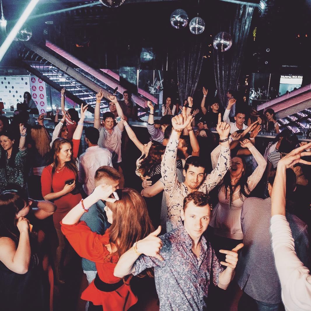 Ночной клуб на Крестовском острове
