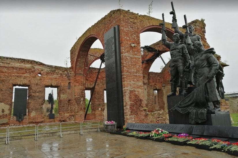 крепость Орешек мемориал