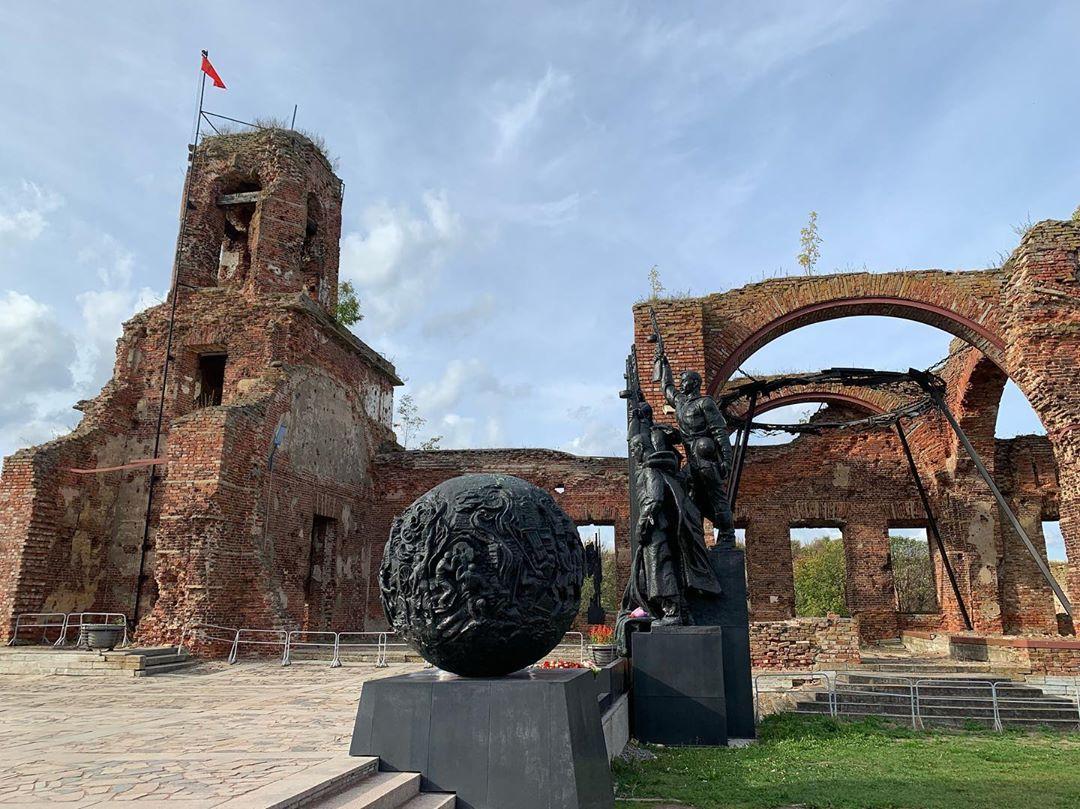 На территории крепости Орешек
