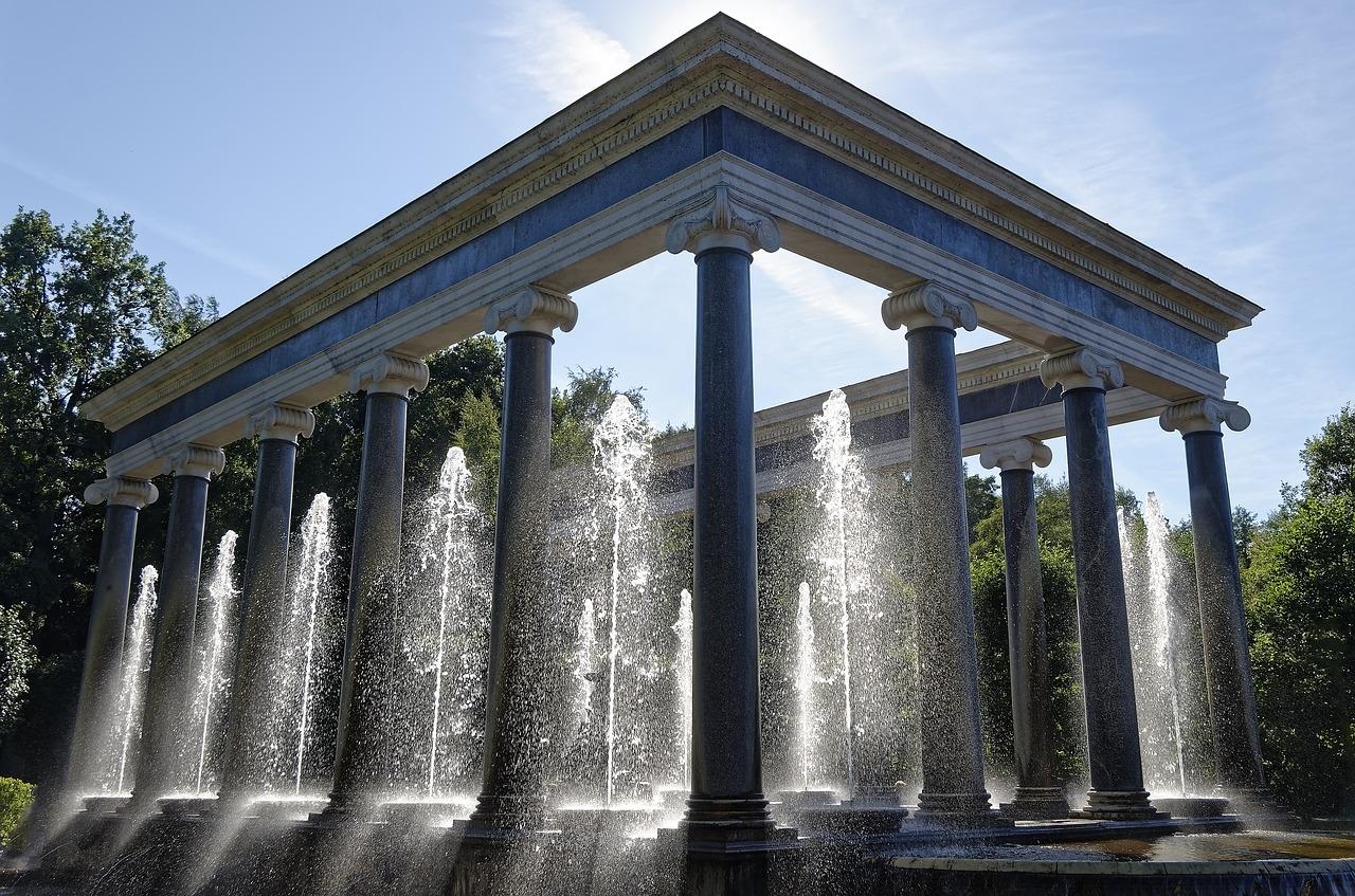 фонтан Львиный каскад