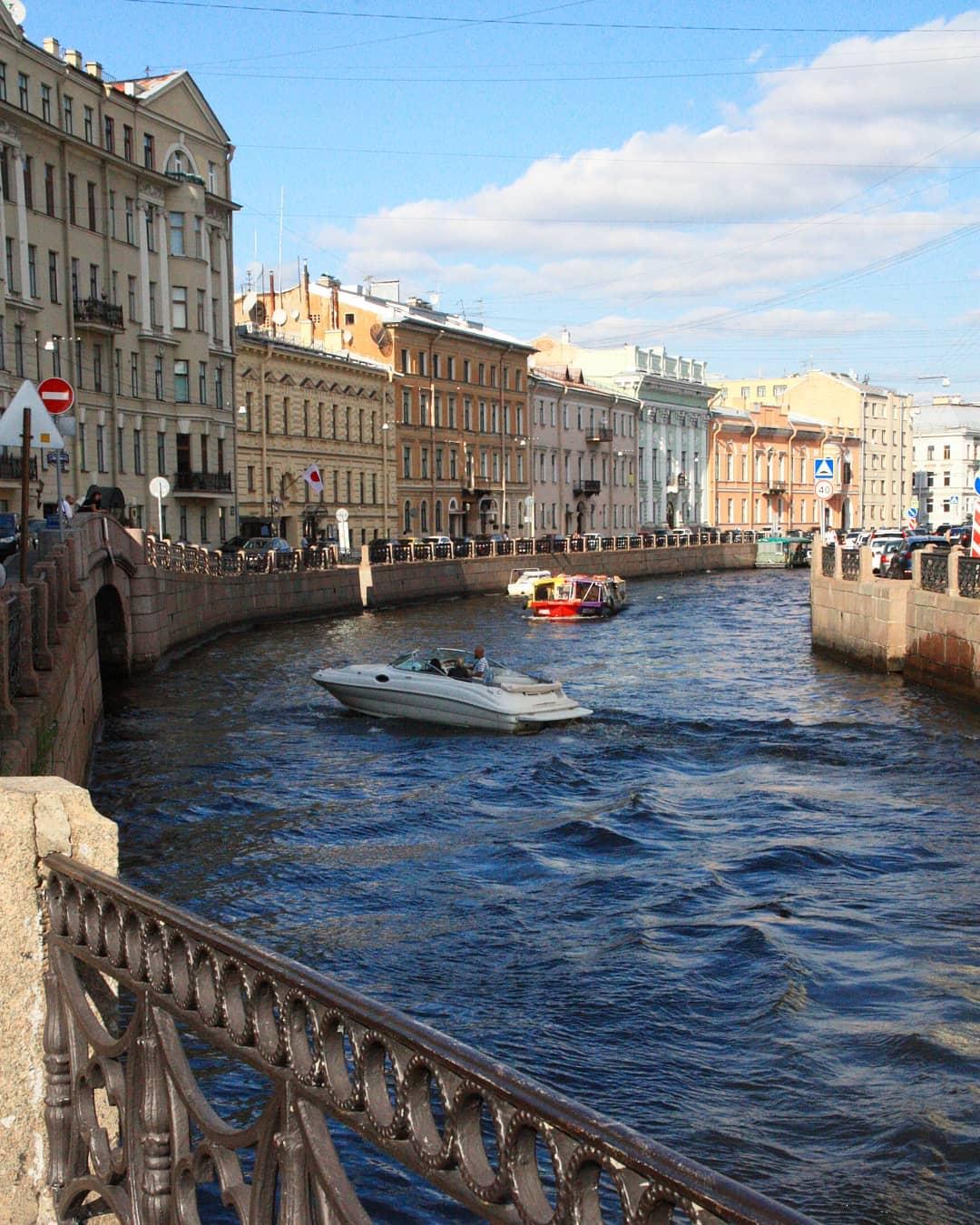 Экскурсии по каналам Санкт-Петербург